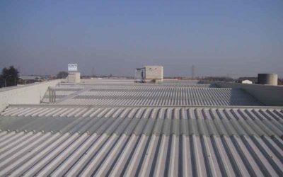 Lamiera zincata preverniciata per tetti: pro e contro