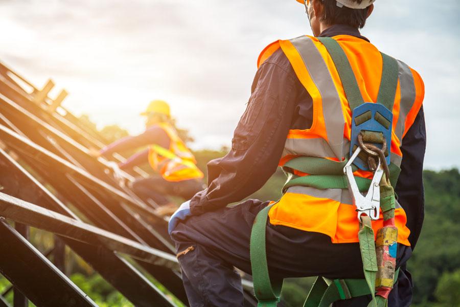 Lavoro in quota: cos'è, quali rischi comporta